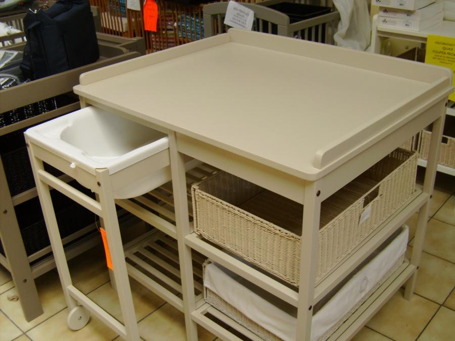 Meuble de bain quax for Entrepot de meuble